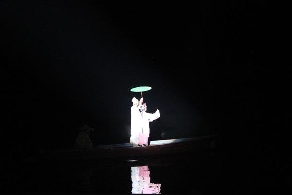 """""""Choáng"""" với show diễn trên mặt nước của 500 diễn viên - 7"""