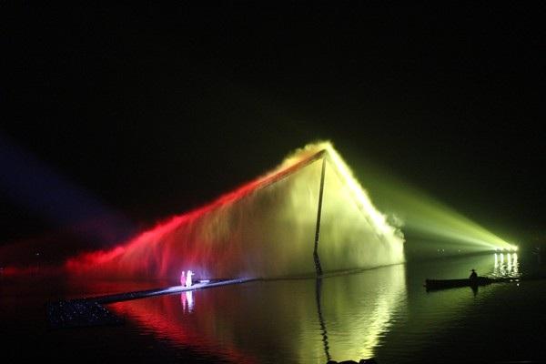 """""""Choáng"""" với show diễn trên mặt nước của 500 diễn viên - 4"""
