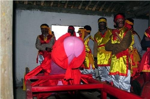 """Bất ngờ với """"lễ hội rước của quý"""" ở Lạng Sơn - 5"""