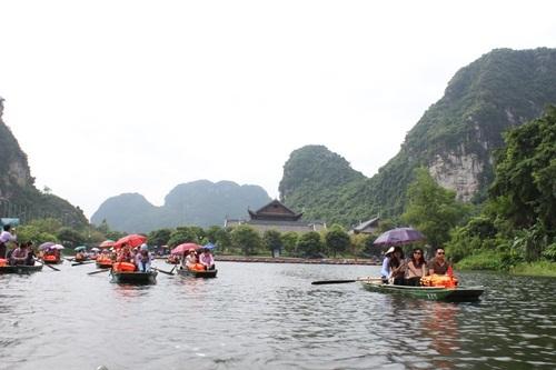 Vì sao Tràng An là nơi sao Hollywood dừng chân lâu nhất ở Việt Nam? - 6