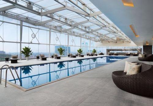 Đây là khu vực bể bơi trong nhà ..
