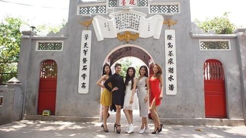 Ngắm dàn người đẹp Hoa hậu biển Việt Nam trải nghiệm city tour ở Hà Nội - 2