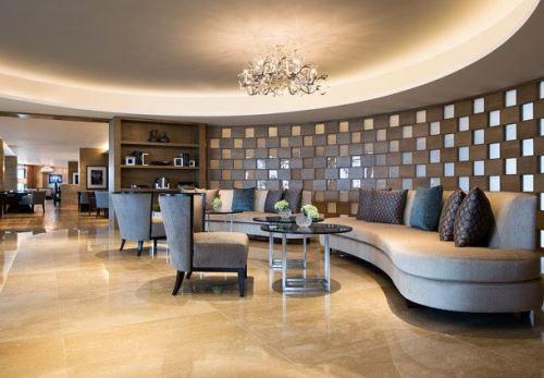 Khách sạn JW Marriott Hà Nội có hẳn một nơi phục vụ bữa sáng, trưa và cocktail tối dành cho khách VIP, đảm bảo quyền riêng tư và bảo mật.