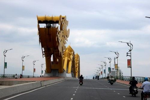 Đà Nẵng vốn có tiếng nề nếp đang bị một số HDV chui giới thiệu sai lệch về thành phố này.