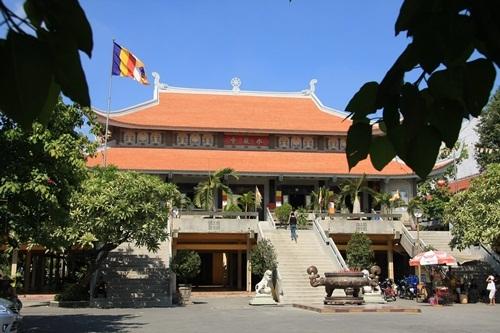 Ấm lòng mùa lễ Vu Lan trong 5 ngôi chùa nổi tiếng Việt Nam - 5