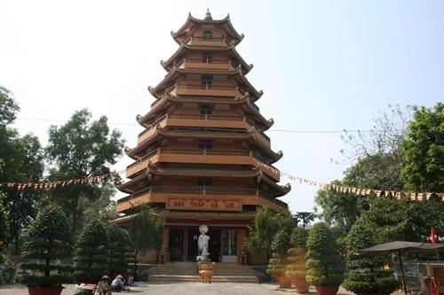 Ấm lòng mùa lễ Vu Lan trong 5 ngôi chùa nổi tiếng Việt Nam - 7