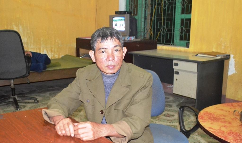 Ông Toàn đi lạc được đưa về Trạm CSGT Diễn Châu.