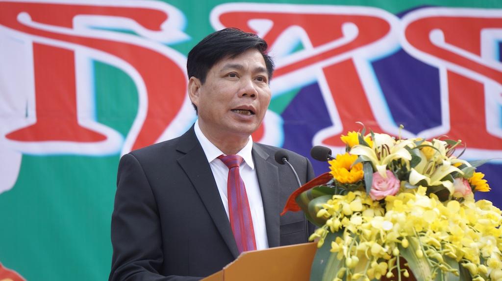 Ông Ngô Đức Thuận - Chủ tịch UBND huyện Quỳ Châu phát biểu khai mạc Lễ hội Hang Bua 2016.