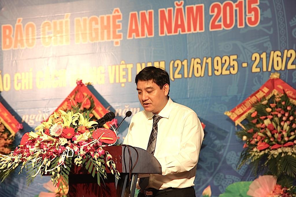 Bí thư Tỉnh ủy Nghệ An ông Nguyễn Đắc Vinh phát biểu tại buổi lễ long trọng.