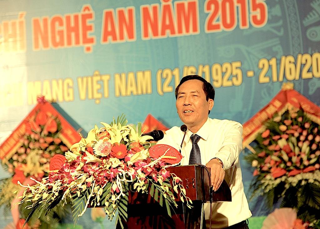 Ông Thuận Hữu - Uỷ viên T.Ư Đảng, Chủ tịch Liên đoàn các nhà báo ASEAN, Chủ tịch Hội Nhà báo Việt Nam, Tổng biên tập Báo Nhân dân phát biểu tại buổi lễ.