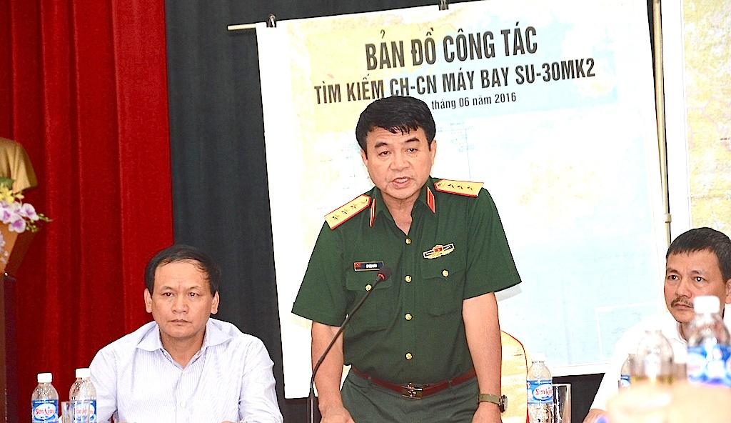 Thượng tướng Võ Văn Tuấn, Phó Tổng tham mưu trưởng Quân đội nhân dân Việt Nam cho biết: Nhiệm vụ quan trọng nhất lúc này và phải tập trung tìm kiếm Thượng tá phi công Trần Quang Khải cũng như chiếc máy bay còn đang mất tích.