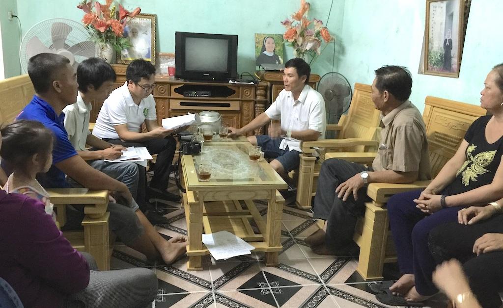 PV Dân trí có buổi gặp gỡ với người dân xã Diễn Hạnh.
