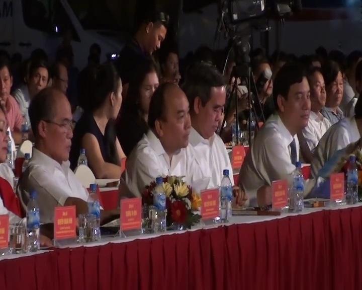 Thủ tướng Nguyễn Xuân Phúc tham dự chương trình.