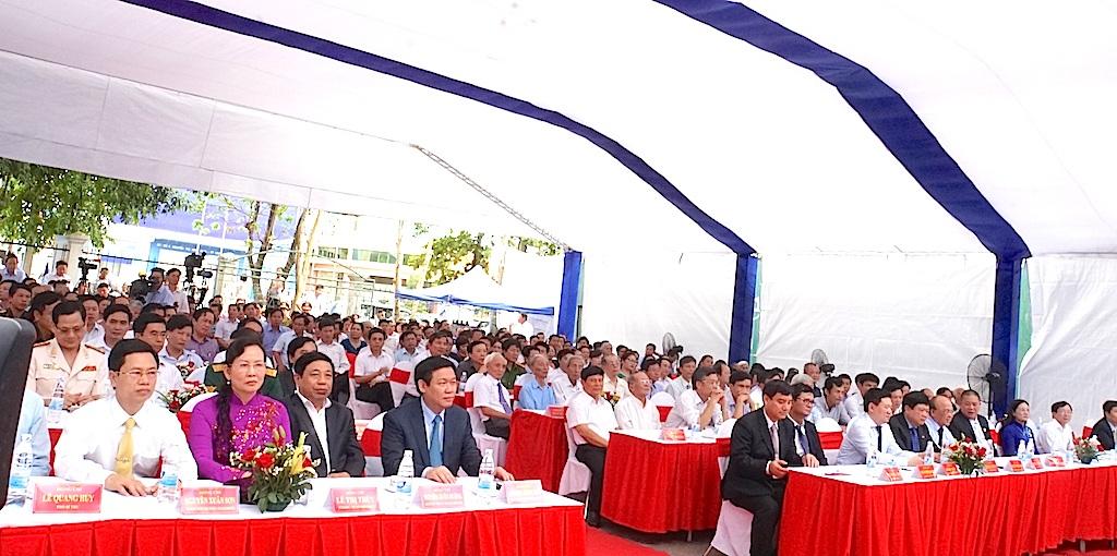 Lãnh đạo Đảng, Nhà nước về dự lễ khánh thành và kỷ niệm 60 năm đài PTTH Nghệ An.