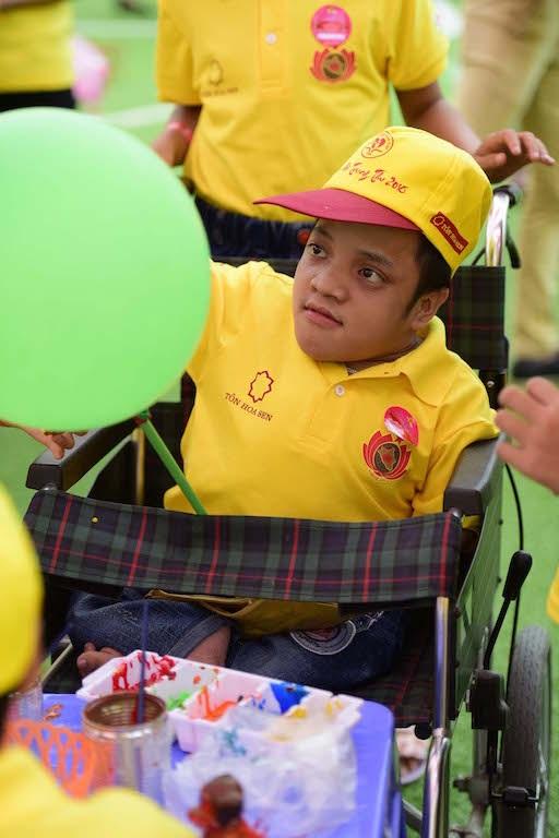 Hơn 1000 trẻ em có hoàn cảnh khó khăn đón Trung thu sớm - 4