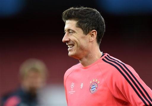 Lewandowski tin rằng phong cách của anh không giống với Messi hay Ronaldo