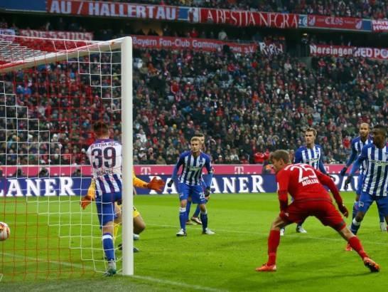 Muller tiếp tục bén duyên ghi bàn