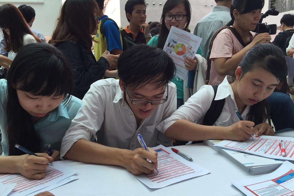 Bản thân sinh viên phải tự trang bị kỹ năng mới mong hội nhập (ảnh minh họa)