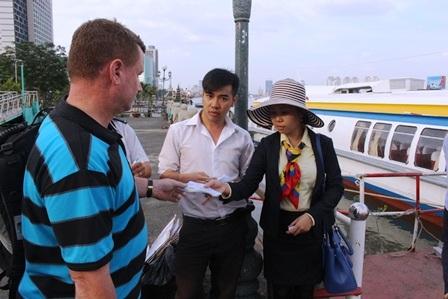 Công viên cảng Bạch Đằng trước đây có bến tàu cánh ngầm tuyến TPHCM - Vũng Tàu hoạt động khá nhộn nhịp
