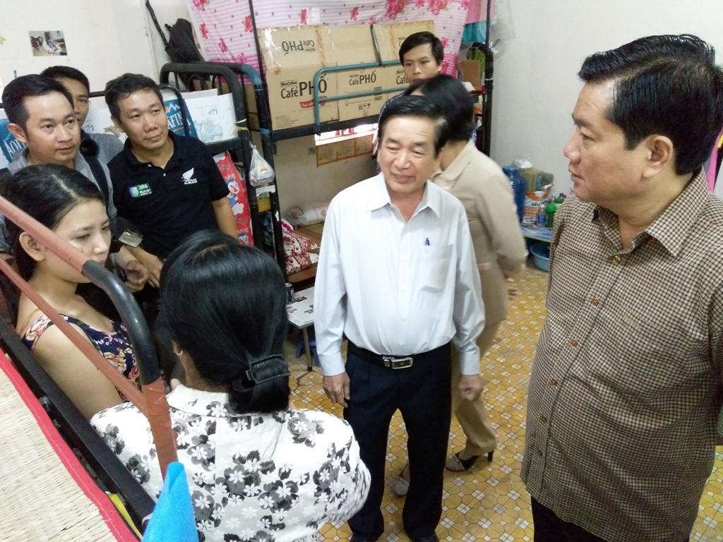 Ông Đinh La Thăng nhấn mạnh rằng chính sách lâu dài là phải xây dựng được nhà ở xã hội cho công nhân