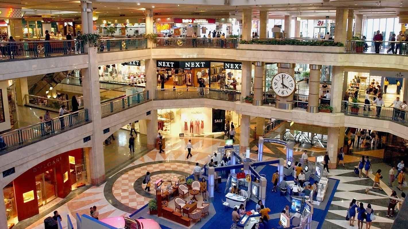 TPHCM của Việt Nam là thành phố có các con đường mua sắm tại quận trung tâm đắt đỏ thứ 32 trên thế giới.