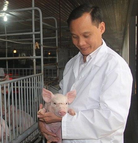 """Anh Nguyễn Văn Tuấn đã xây dựng thành công chuỗi thịt lợn sạch khép kín từ """"A đến Z"""""""