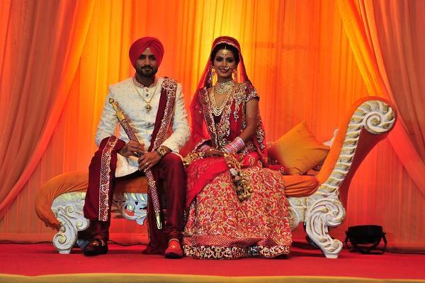 Những đám cưới xa hoa nhất của các sao Ấn Độ - 2