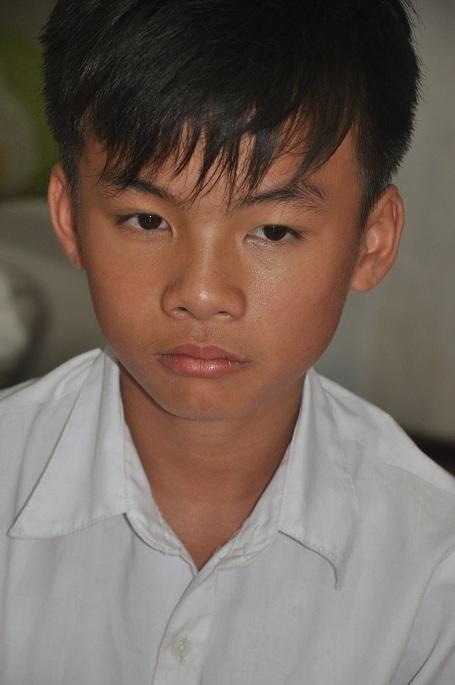 Năm 2010 cháu Thanh phát hiện bị ung thư máu và theo điều trị tại bệnh viện Nhi TW cho đến giờ.