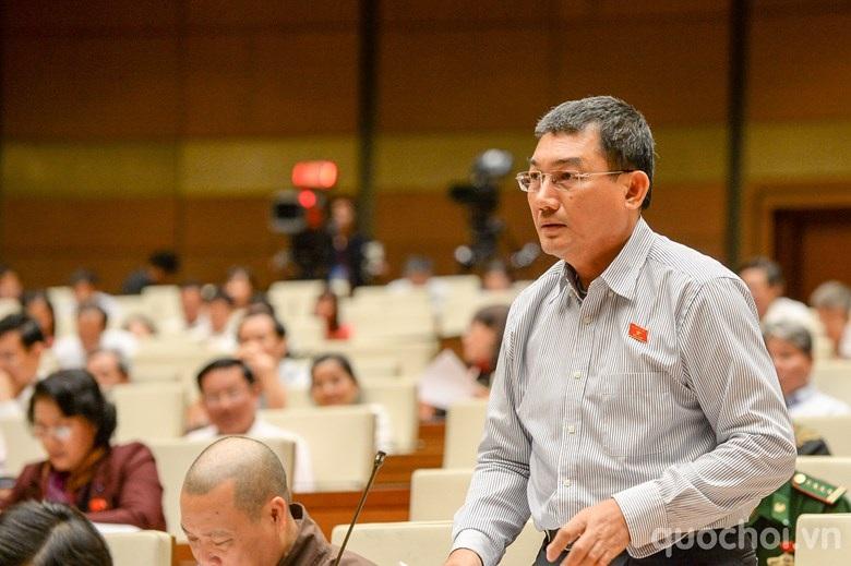 Đại biểu Phạm Huy Hùng - nguyên Chủ tịch HĐQT ngân hàng Vietinbank (Ảnh: Quochoi.vn).