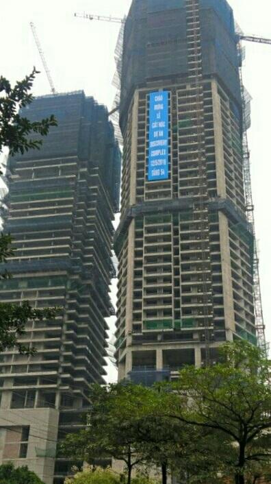 Hai tòa cao ốc 302 Cầu Giấy (Ảnh: T.M)
