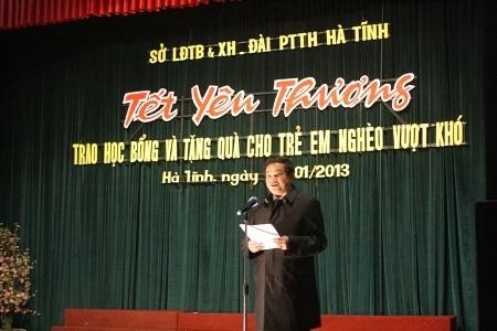 """Hà Tĩnh: """"Tết yêu thương"""" cho trẻ em nghèo vượt khó"""