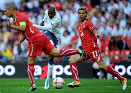 """Anh """"hút chết"""" trước Thụy Sỹ tại Wembley - 3"""