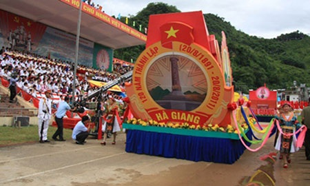 Kỷ niệm 120 năm thành lập tỉnh Hà Giang - 2