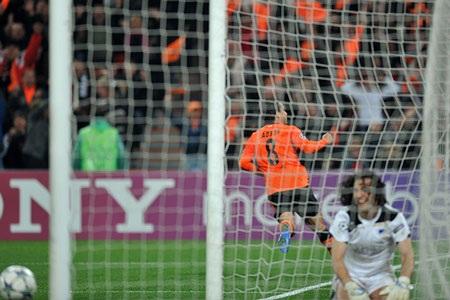 Những khoảnh khắc ấn tượng lượt trận Champions League đêm qua - 14