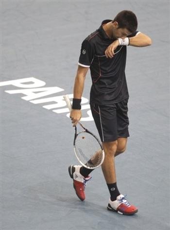 Berdych loại Murray, Federer mừng chiến thắng thứ 800 - 3