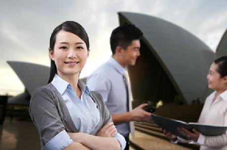 Cơ hội việc làm và định cư rộng mở cho sinh viên Việt