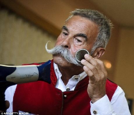 Chiêm ngưỡng những bộ râu ấn tượng nhất châu Âu