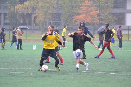 Dù thời tiết không thuận lợi nhưng các trận đấu vẫn diễn ra rất hấp dẫn và sôi động