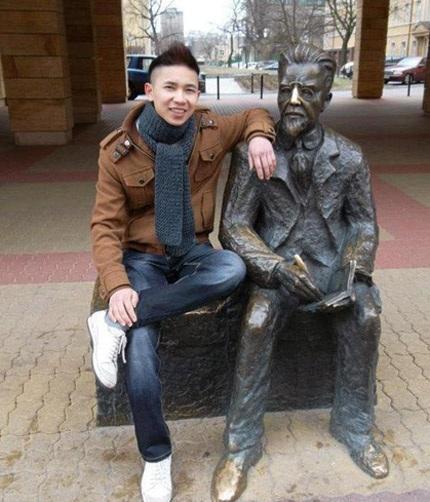 Bạn Nam tại thành phố Lodz, Ba Lan