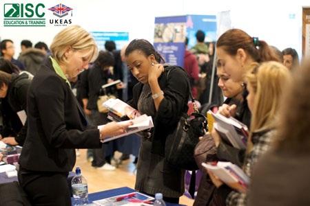 Ngày hội thông tin UniFair tổ chức đều đặn hàng năm tại Bellerbys