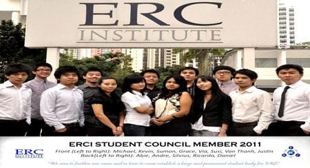 Thành viên hội Sinh viên tại Học viện ERC 2011