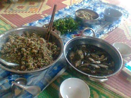 Món cá nhảy hiếm lạ của người TháiởSơn La