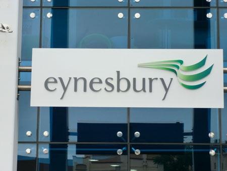 Trung học Eynesbury