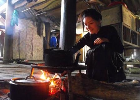 Vẻ đẹp của người con gái Thượng Lâm (Ảnh: Văn Quân)