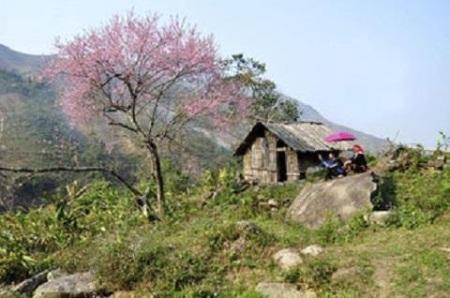Núi Pha Dùa, dấu ấn về câu chuyện tình bi ai nổi tiếng
