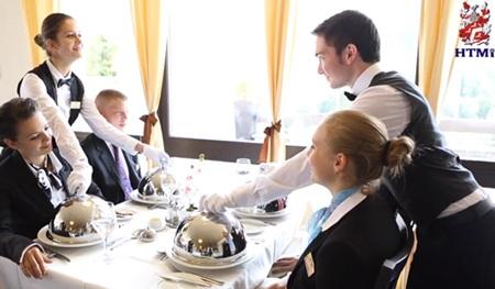 Chương trình thực tập giúp sinh viên hiểu và đam mê hơn với ngành quản lý khách sạn