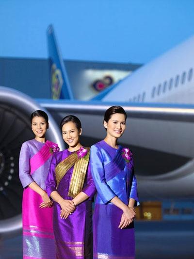 Đồng phục của hãng hàng không Thái Lan mang đậm bản tính truyền thống, thân thiện