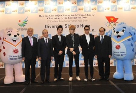 Nhóm JYJ quảng bá Asiad 2014 tại Việt Nam