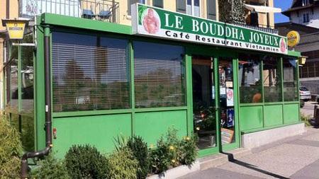 Nhà hàng Phật Cười