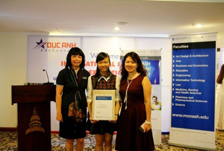 Cuộc thi Become a Monash Expert 2014/15